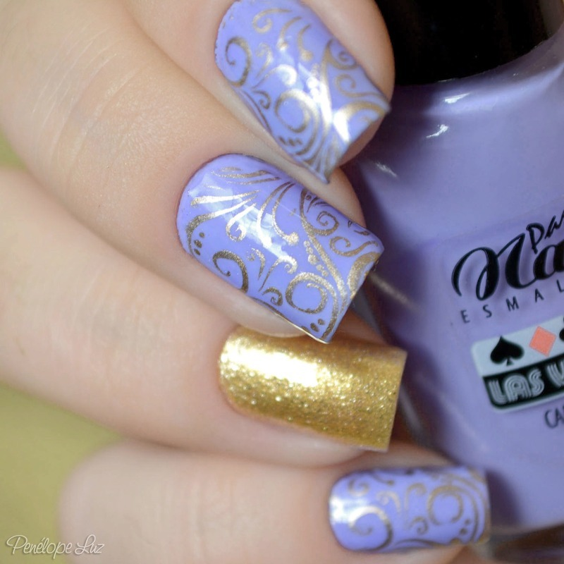 stamping delicate nail art by Penélope Luz