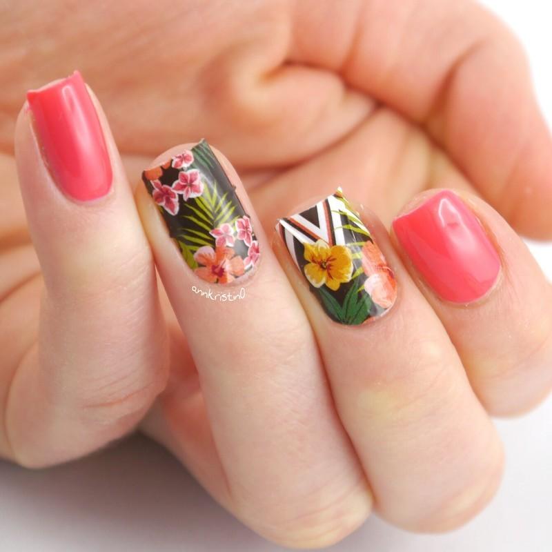 Aloha Nail Wraps nail art by Ann-Kristin