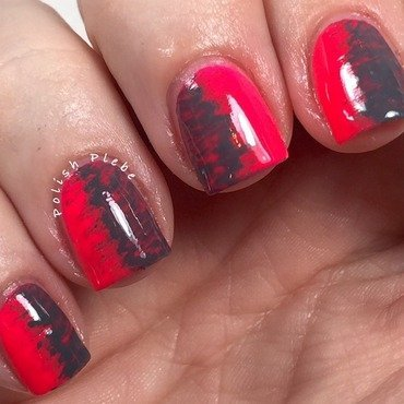 Two Tone Fan Brush nail art by Crystal Bond