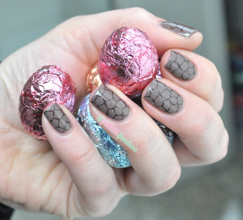 chocolate egg nail art by nathalie lapaillettefrondeuse