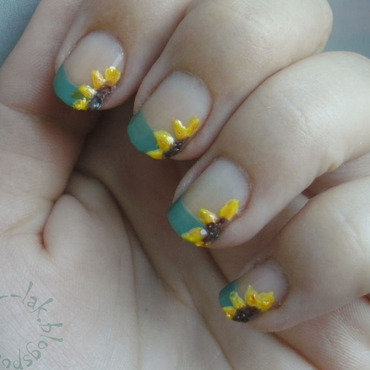 Sunflower nail art by Barbara P.