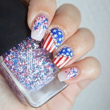 Flag nails nail art by Julia