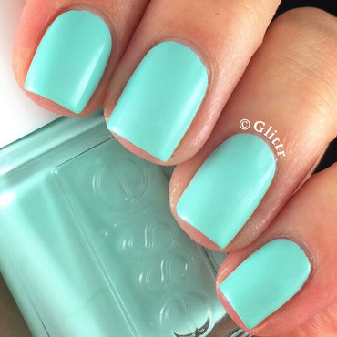 Essie Blossom Dandy Swatch by Glittr