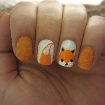 Fox nail art by Maya Harran