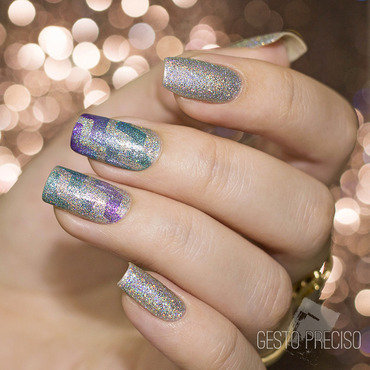 Holo & Chevron nail art by Gi Milanetto