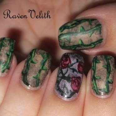 Thorns and Roses nail art by Lynni V.