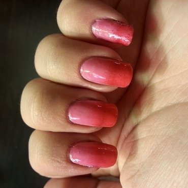 Pink Gradient nail art by KiboSanti