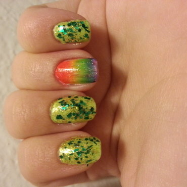 Saint Patrick's Gradient nail art by KiboSanti