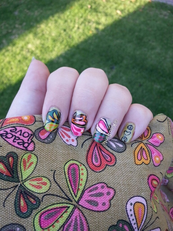 Butterflies (inspired by my bag) nail art by KiboSanti