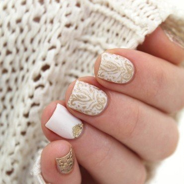 Baroque nails nail art by Cocosnailss