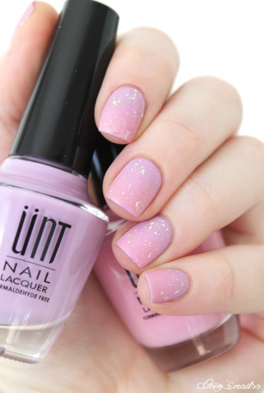 Soft gradient nail art by Cocosnailss