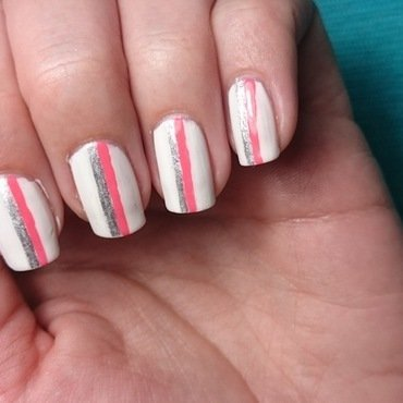 Racing Stripes nail art by Nadia Joubert