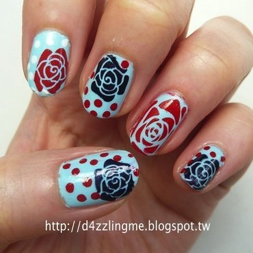 Retro Flower Nails  nail art by D4zzling Me