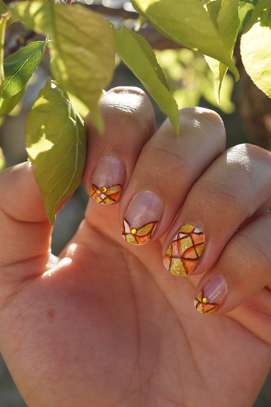 aquarelle paint nail art by Cathy Neves