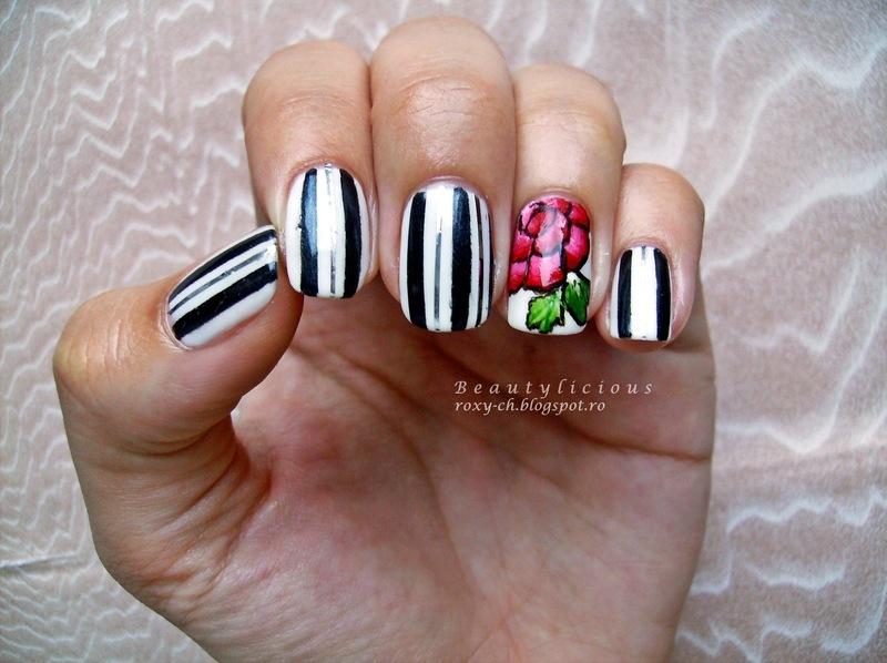 Metallic bars nail art by Roxy Ch
