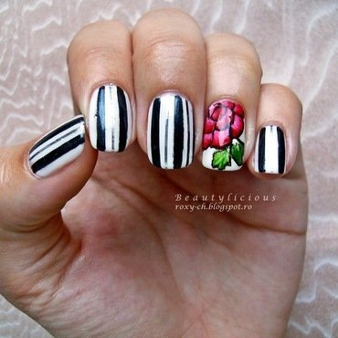 81 20stripes 20flowers thumb370f