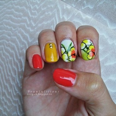Take me to Hawaii nail art by Roxy Ch