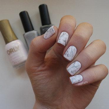 Jauntyjuli Inspired Marble Nailart nail art by nagelfuchs