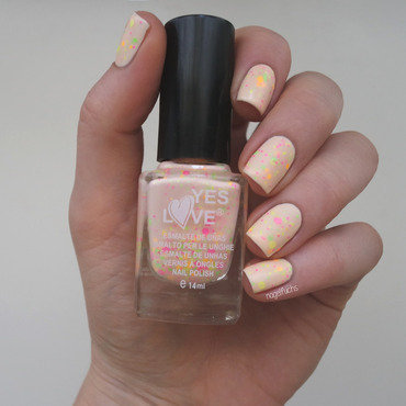 Yes Love neon glitter Swatch by nagelfuchs