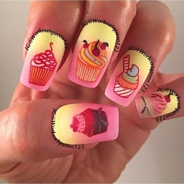 Cupcakes nail art by Workoutqueen123