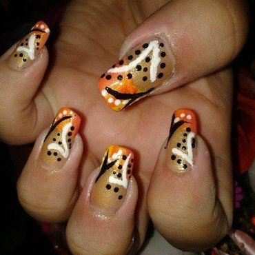 Dotted Abstract Nail Art nail art by HerCreativePalace (kanika)
