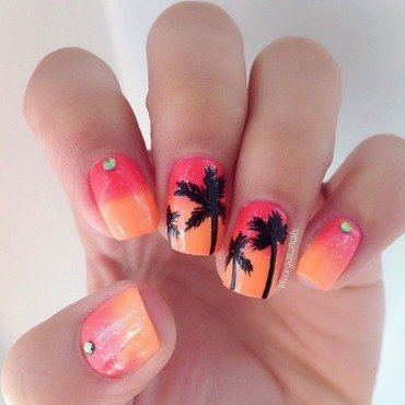 Dreaming of summer  nail art by Massiel Pena