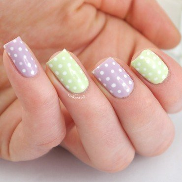 Spring Dotticure Close Up nail art by Ann-Kristin