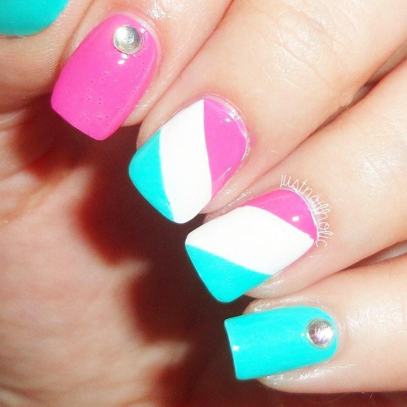 Tricolour Design nail art by Melany Antelo