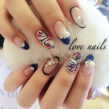 Wonderland nail art by Ava Liu