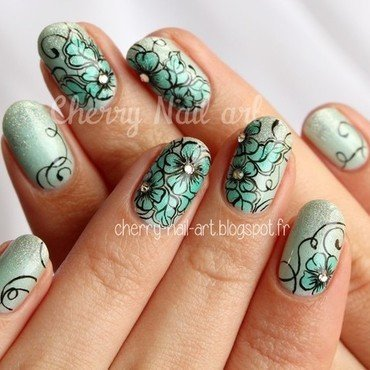 Nail art fleurs de printemps nail art by Cherry Nail art