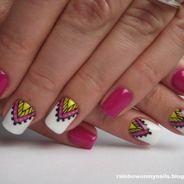 Aztec nail art by specialle