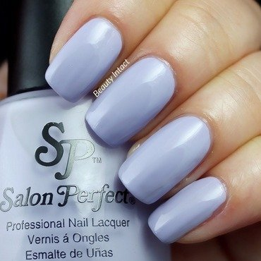 Salon Perfect Lilacking Control Swatch by Beauty Intact