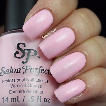 Salon Perfect Put a ring on it Swatch by Beauty Intact
