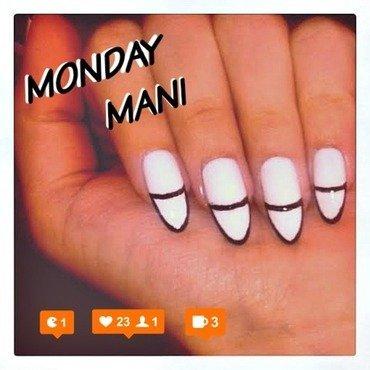 MANI MONDAY nail art by Fjolaswonderland