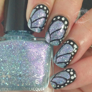 Mirror Mirror on the Wall nail art by Serra Clark