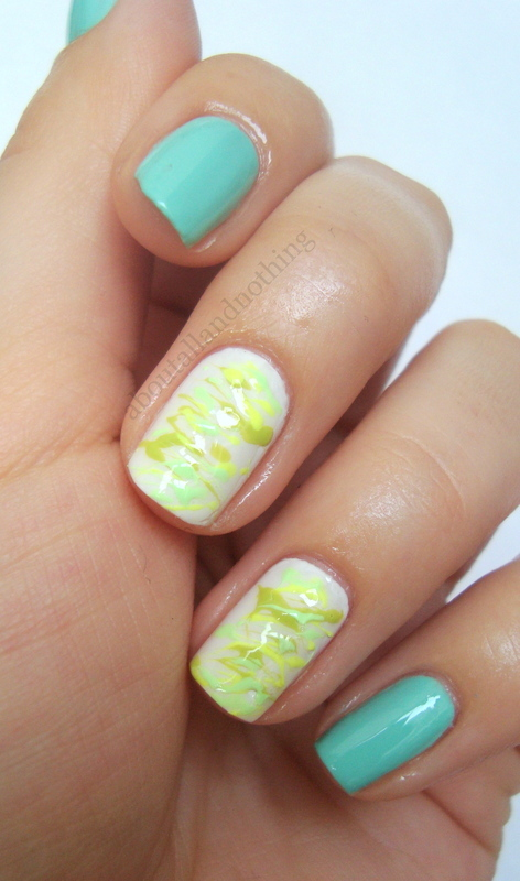 Irregular curved lines nail art by Kasia