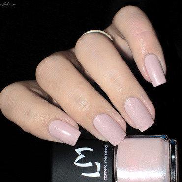 Lmcosmetic Diana Swatch by Lizana Nails