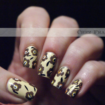 Marimekko - yellow and brown Unikko nail art by Francine