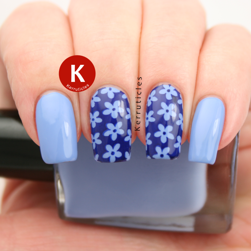 Blue daisies nail art by Claire Kerr