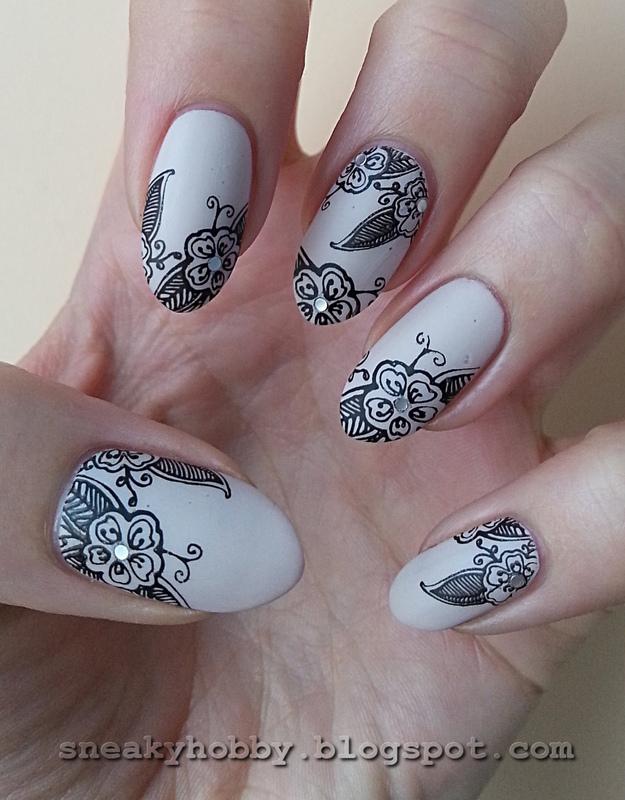 Stamping Maniac Project - Elegant nail art by Mgielka M