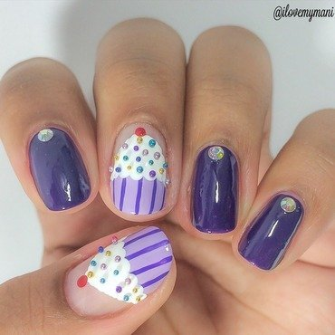 Cupcake nails using Caviar Beads!  nail art by Gabrielle