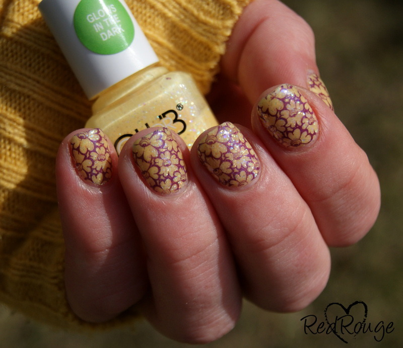 Yellow Flowers nail art by RedRouge