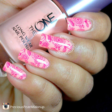 Delicate 20floral 20nails 201 thumb370f