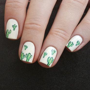 Cactus Nailart Closeup nail art by nagelfuchs