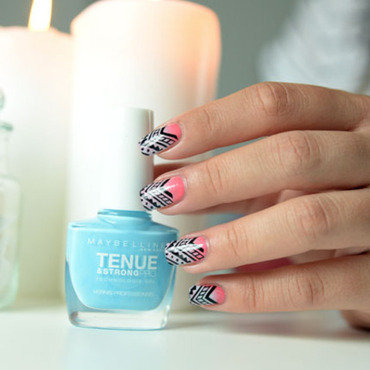 Gradient stamping aztec nail art by Sweapee