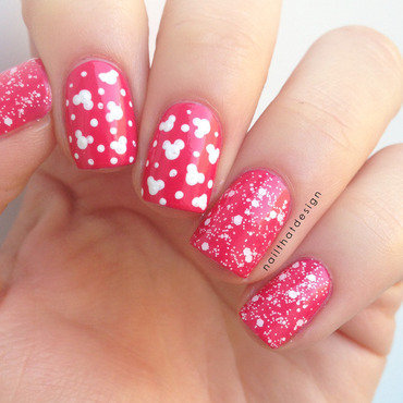 Minnie Mouse Dotticure  nail art by NailThatDesign