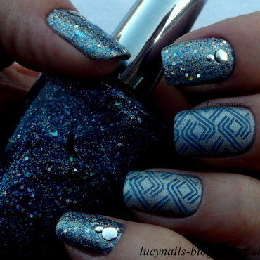 With flash  nail art by Lucynails26