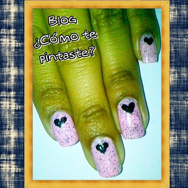 Corazones nail art by Blog Comotepintaste