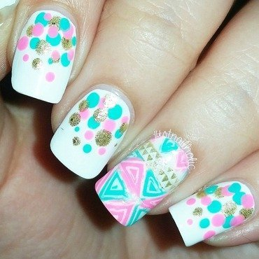 Reverse Stamping & Dotticure nail art by Melany Antelo