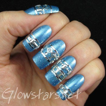 Studs and Stripes on Holo nail art by Vic 'Glowstars' Pires